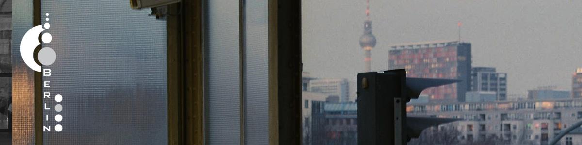abstrakt, wagemutig, kühn, technokratisch ist dieses motif des Berliner Fernsehturms